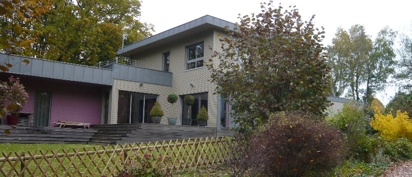 Maison spacieuse à ossature bois par bénédicte Langlois architecte à ...